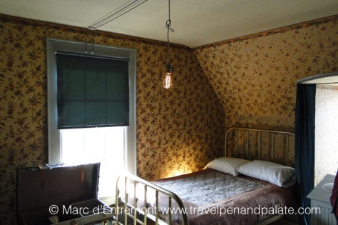 Bedroom in the rooming house: Basque Cultural Center