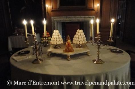 King's dining room, 18th century, Hampton Court Palace, London, UK