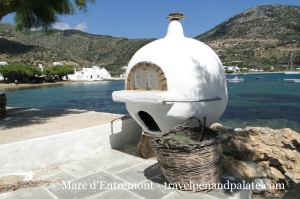 a community wood fired oven in Vathi, Sifnos, Greece