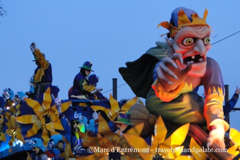Krewe of Endymion float, Mardi Gras 2015, New Orleans