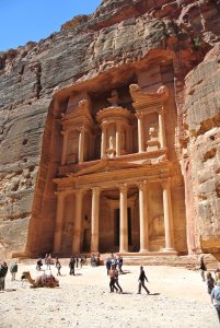 Al Khaznch, popularly known as the Treasury, Petra