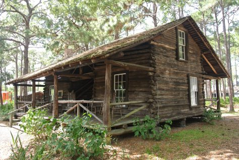 McMullen-Coachman Log Cabin (1852)