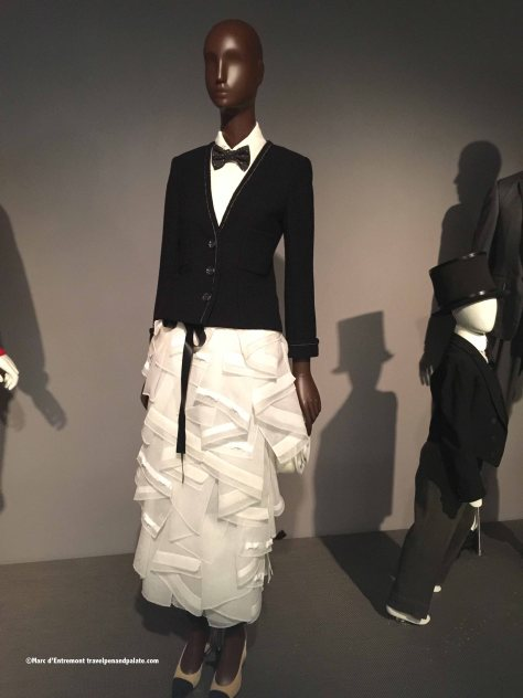 Karl Lagerfeld, 2015, French brasserie evening gown.