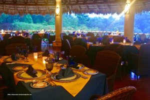 La Palapa dining room